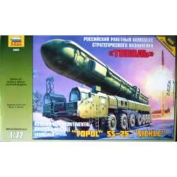"RUSSIAN INTERCONTINENTAL BALLISTIC MISSILE LAUNCHER ""TOPOL"" SS-25 ""SICKLE"""