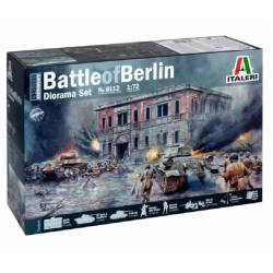 BATTLE of BERLIN Diorama Set