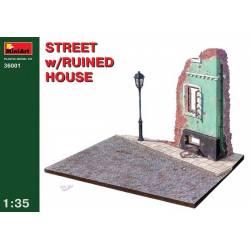 STREET w/RUINED HOUSE