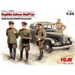 Kapitän Saloon Staff Car with Soviet Staff Personnel