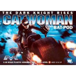 The Dark Knight Rises: Batpod with Catwoman
