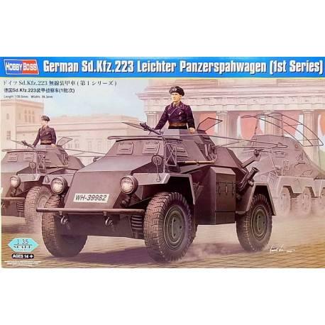 Hobby Boss 83816 German Sd.Kfz.222 Leichter Panzerwagen in 1:35